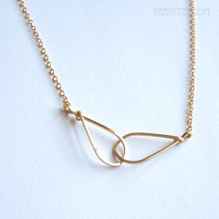 Intersecting Wire Teardrops Necklace by boe