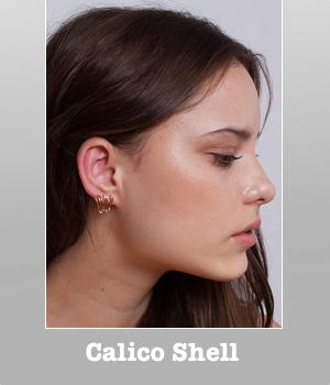by boe New York Shell Shaped Calico Earrings